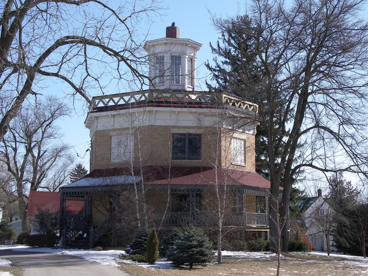 Elkhorn Wi Octagon Octagon House Hexagon House Round Building