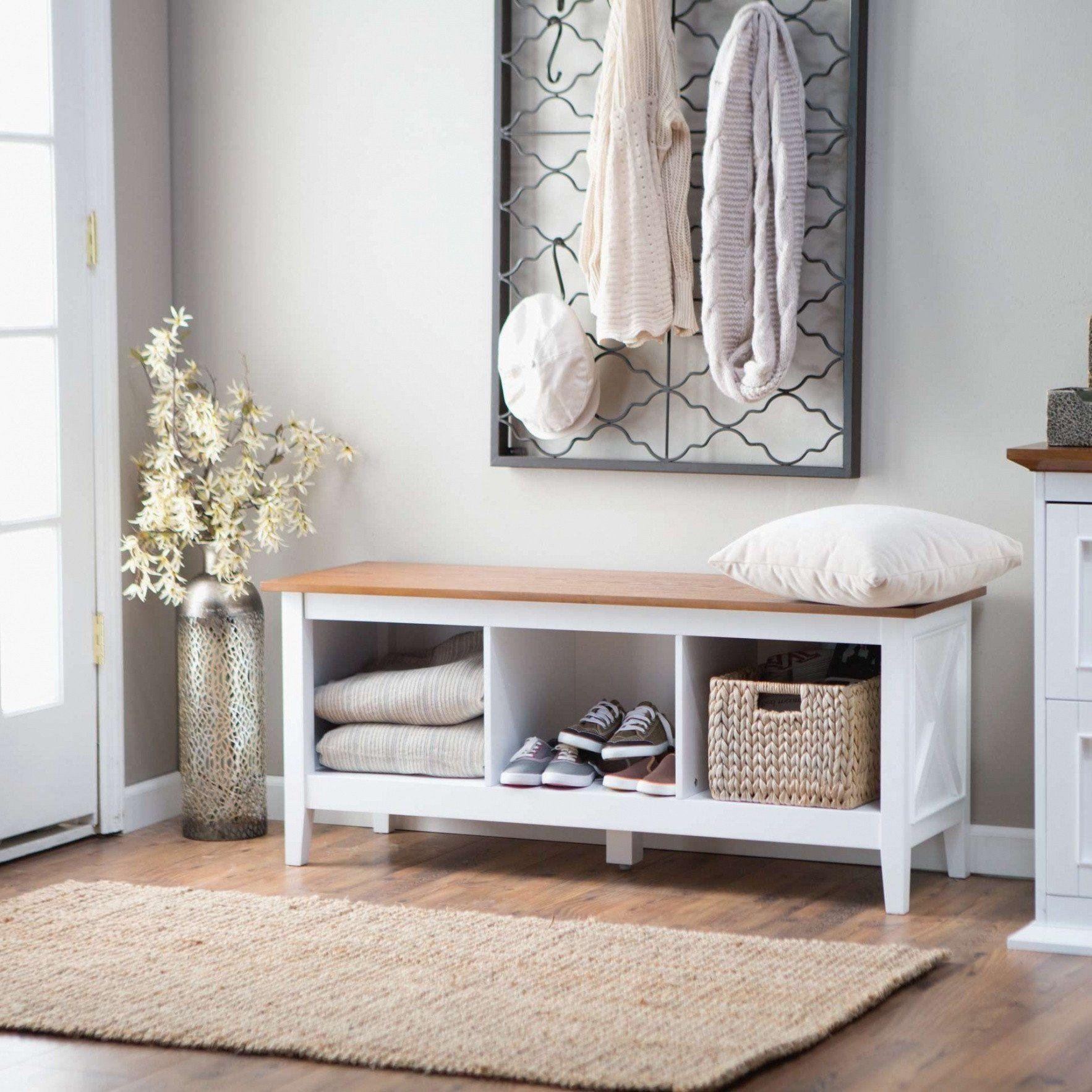 10+ Stunning White Living Room Wall Decor