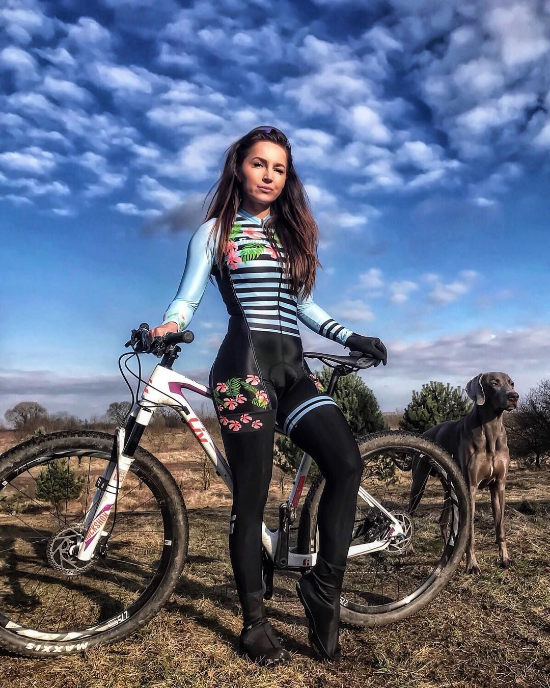 79 1 Tys Podpischikov 436 Podpisok 475 Publikacij Posmotrite V Instagram Foto I Video Sylwia Przybylska Strava Cycling Outfit Cycling Women Bicycle Girl