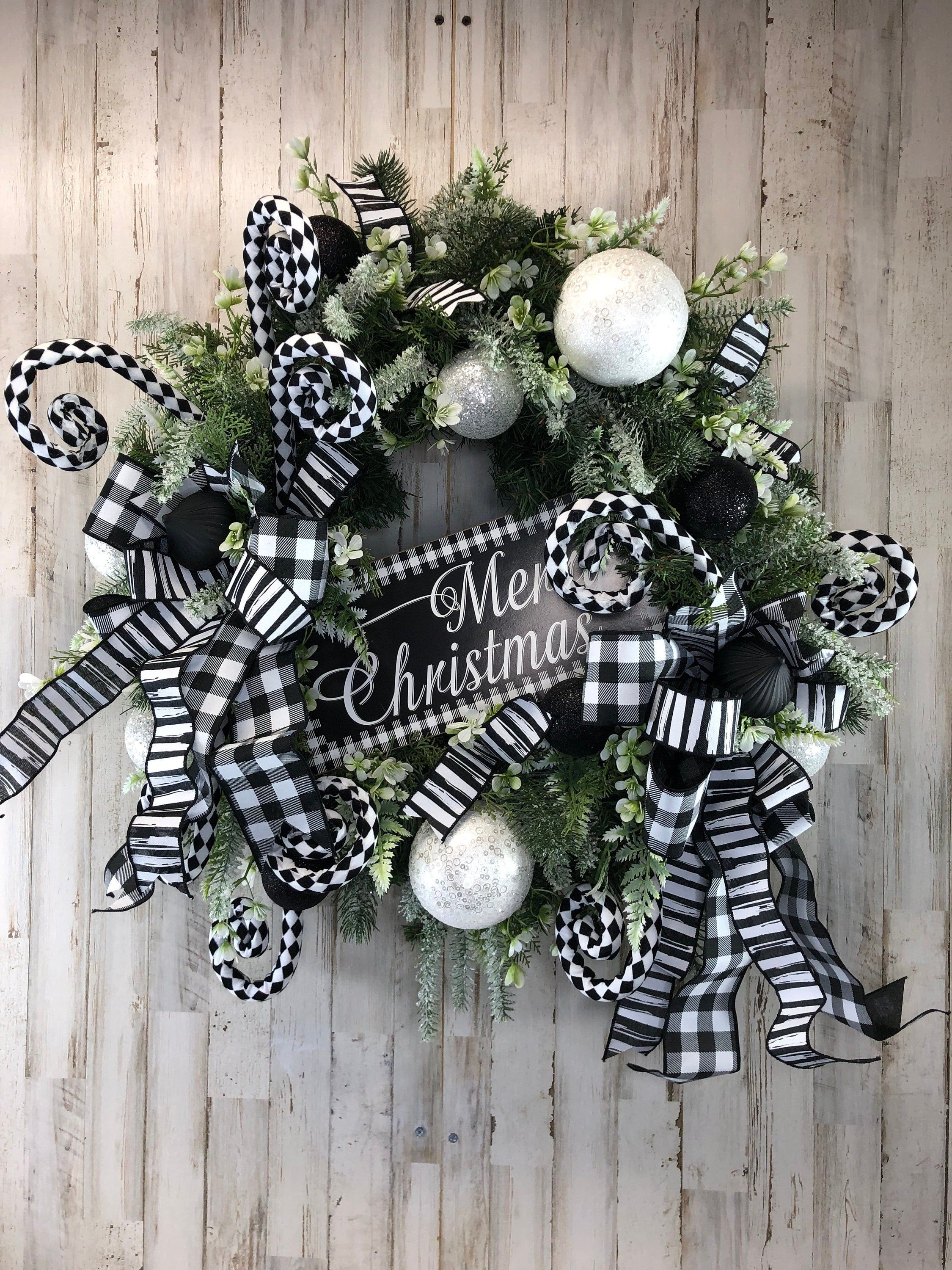 Black And White Christmas Wreath Merry Christmas Wreath For Front Door Farmhouse Christmas Wreath Whimsical Christmas Decor White Christmas Wreath Christmas Wreaths Whimsical Christmas Decor