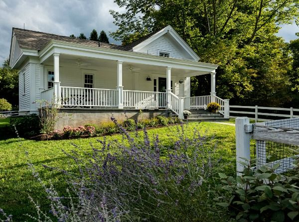 Designing A Small House With A Big Porch Small House Big Porch Micro House