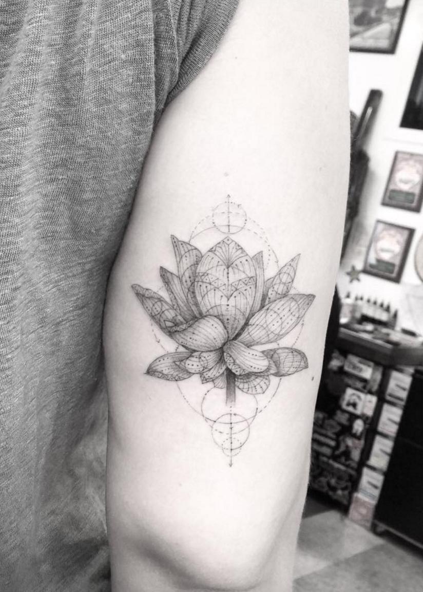 Dr Woo Tattoo Artist Half Needle Tattoo Lotus Flower I Like The Geometric Patterns Half Needle Tattoo Dr Woo Tattoo Arm Tattoos For Guys