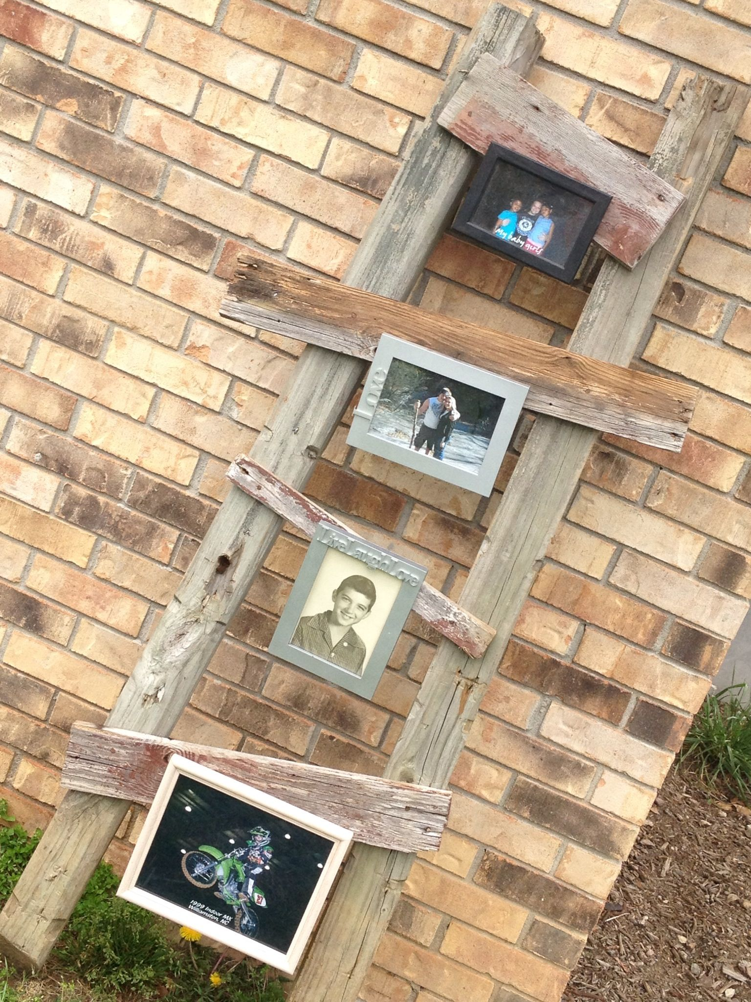 Rustic picture frame hanger :)   Home sweet Home :)   Pinterest