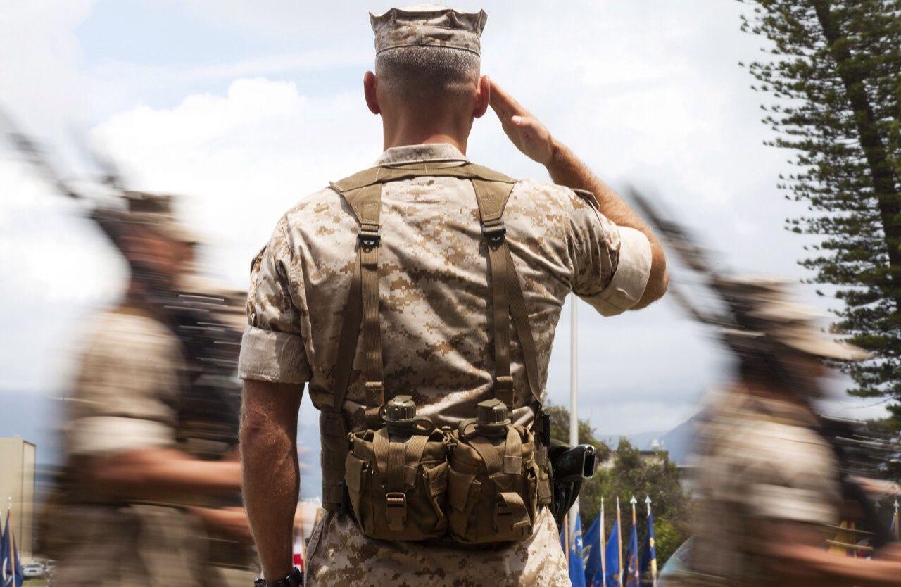Cara Hormat Militer yang Dulu dan Sekarang Sama, Asal Jangan Salah Menghormat pada Musuh Saja