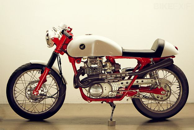 Something about the colours - Honda cafe racer by Lossa Engineering