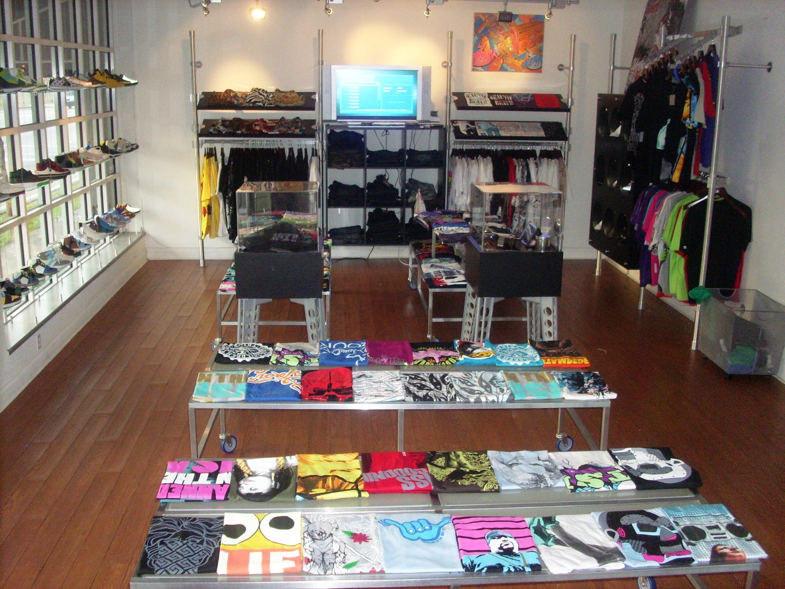 retail clothing store layout retail shop setup ideas t shirt