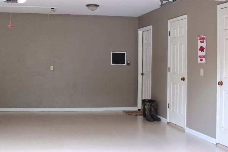 45 Simple Garage Paint Colors Ideas And Design Images Interior Wall Paint Garage Paint Colors Garage Paint