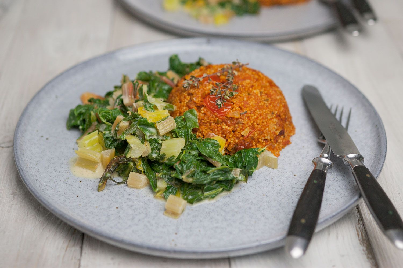 Hirse Risotto Mit Tomaten Krautern Rezept Mangold Muskat Rezept Risotto Lebensmittel Essen Einfache Gerichte