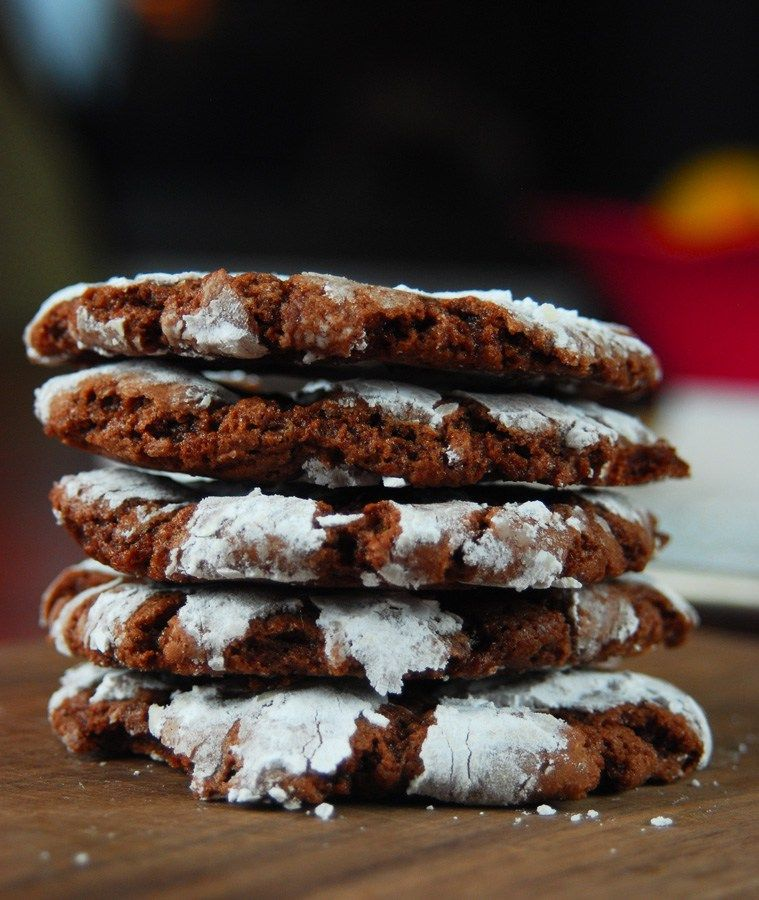 Chewy Chocolate Crinkle Cookies