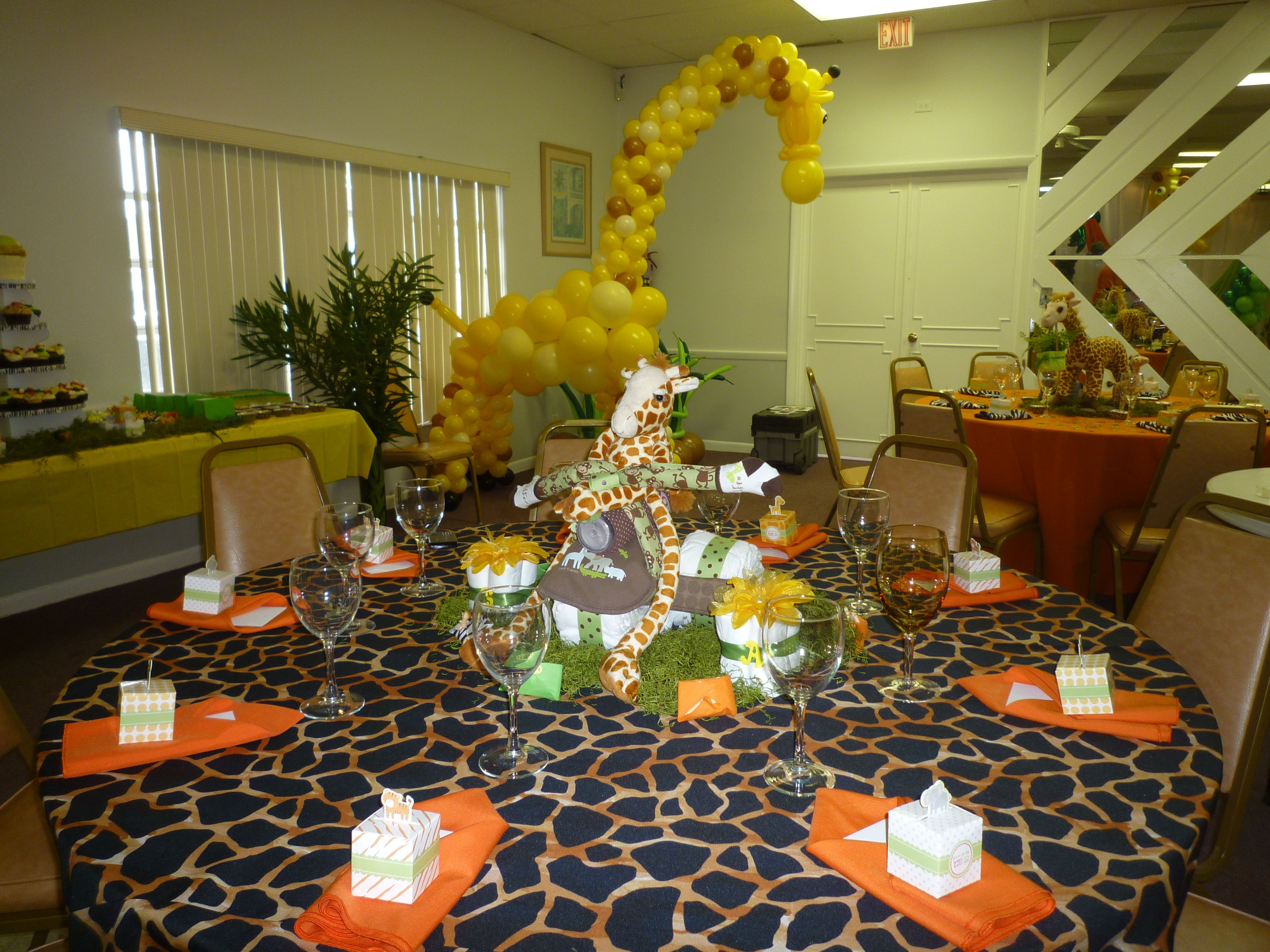 Baby Shower Centerpiece. Giraffe Balloon Sculpture For Baby Shower Party  Entrance Decoration. Http: