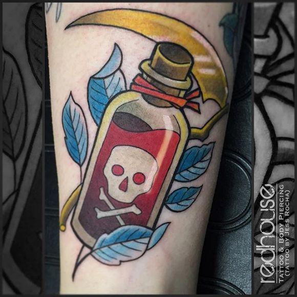 r sultat de recherche d 39 images pour tatouage bouteille de poison tattoo inspiration. Black Bedroom Furniture Sets. Home Design Ideas