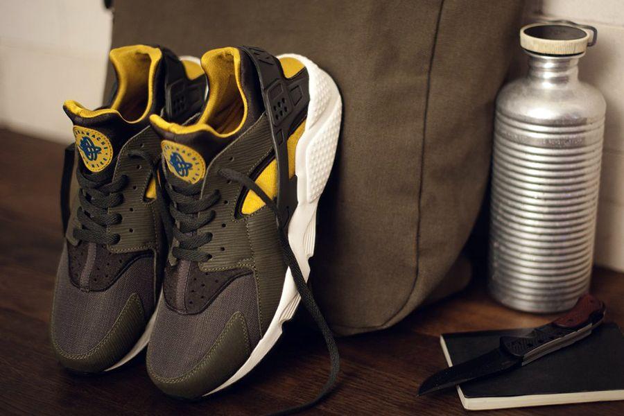Nike Air Huarache Army