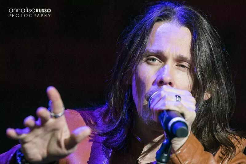 """@alterbridge  """"One last song before you spread your wings There's so much left to say""""(Wonderful Life) have nice day"""