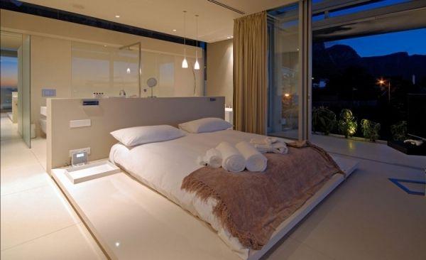 badezimmer in schlafzimmer afscheiding aan hoofdeinde bed achterin open doorkijk - Schlafzimmer Mit Badezimmer