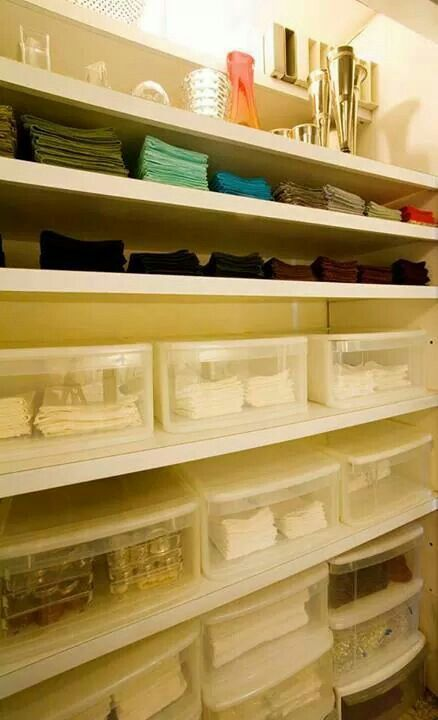 Colin Cowie S Pantry Organized With Placemats And Cloth
