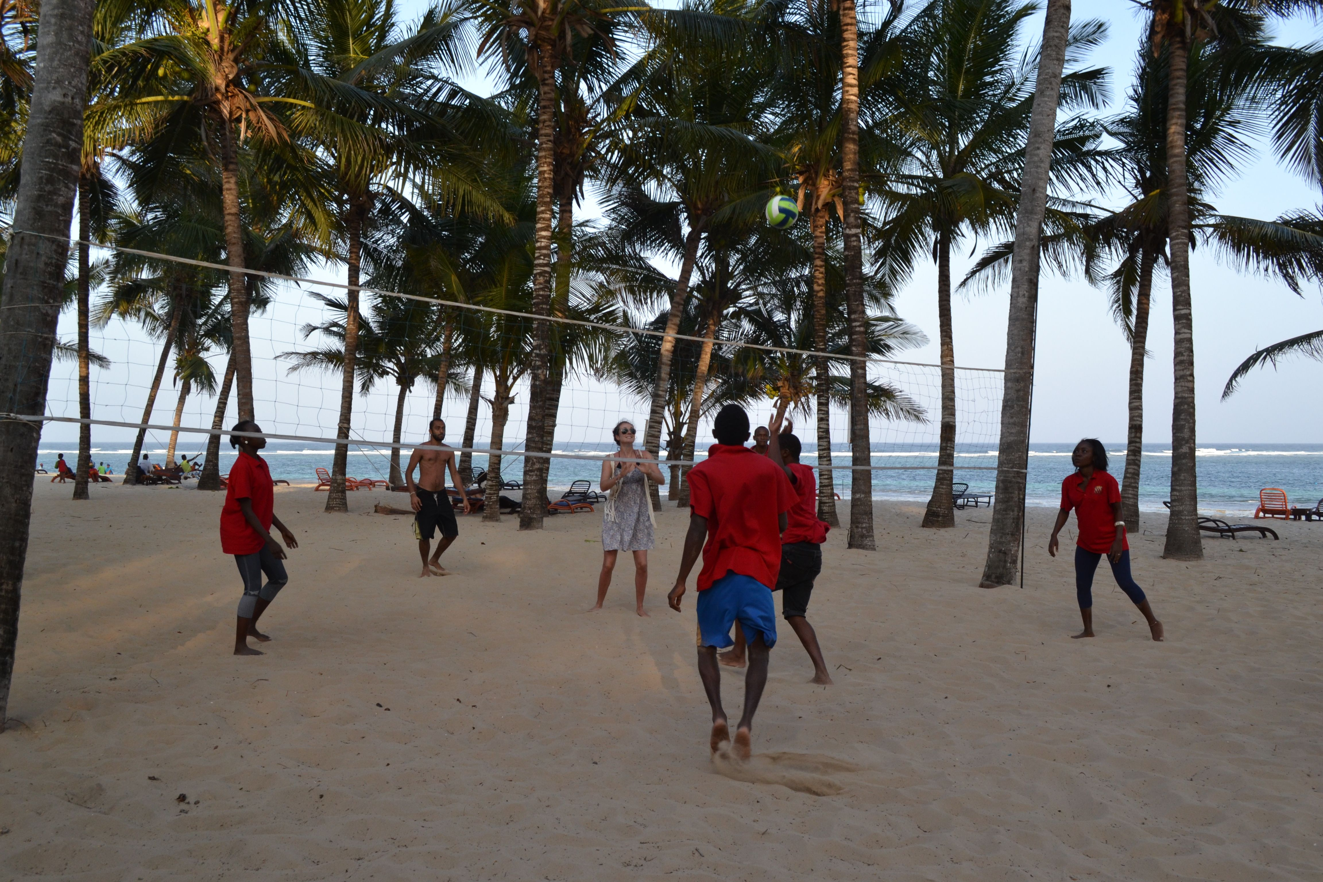 Playing Beach Volleyball At Tiwi Beach Www Ota Responsibletravel Com Kenya Beach Resorts Christmas Destinations Surfing