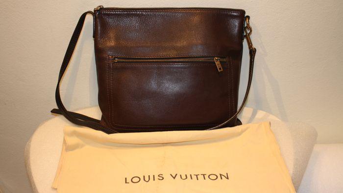 40658f1e97c1 Louis Vuitton-Sac Plat messengertas EUR 100.00 Meer informatie ...
