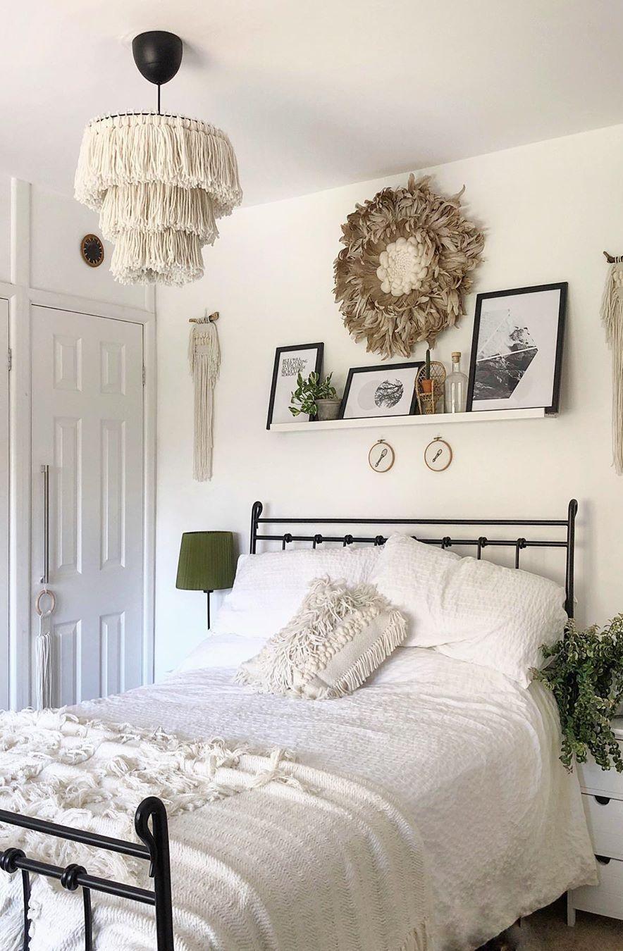 63+ Cute and Modern Bedroom Interior Design Ideas 2018 ... on Simple But Cute Room Ideas  id=59187