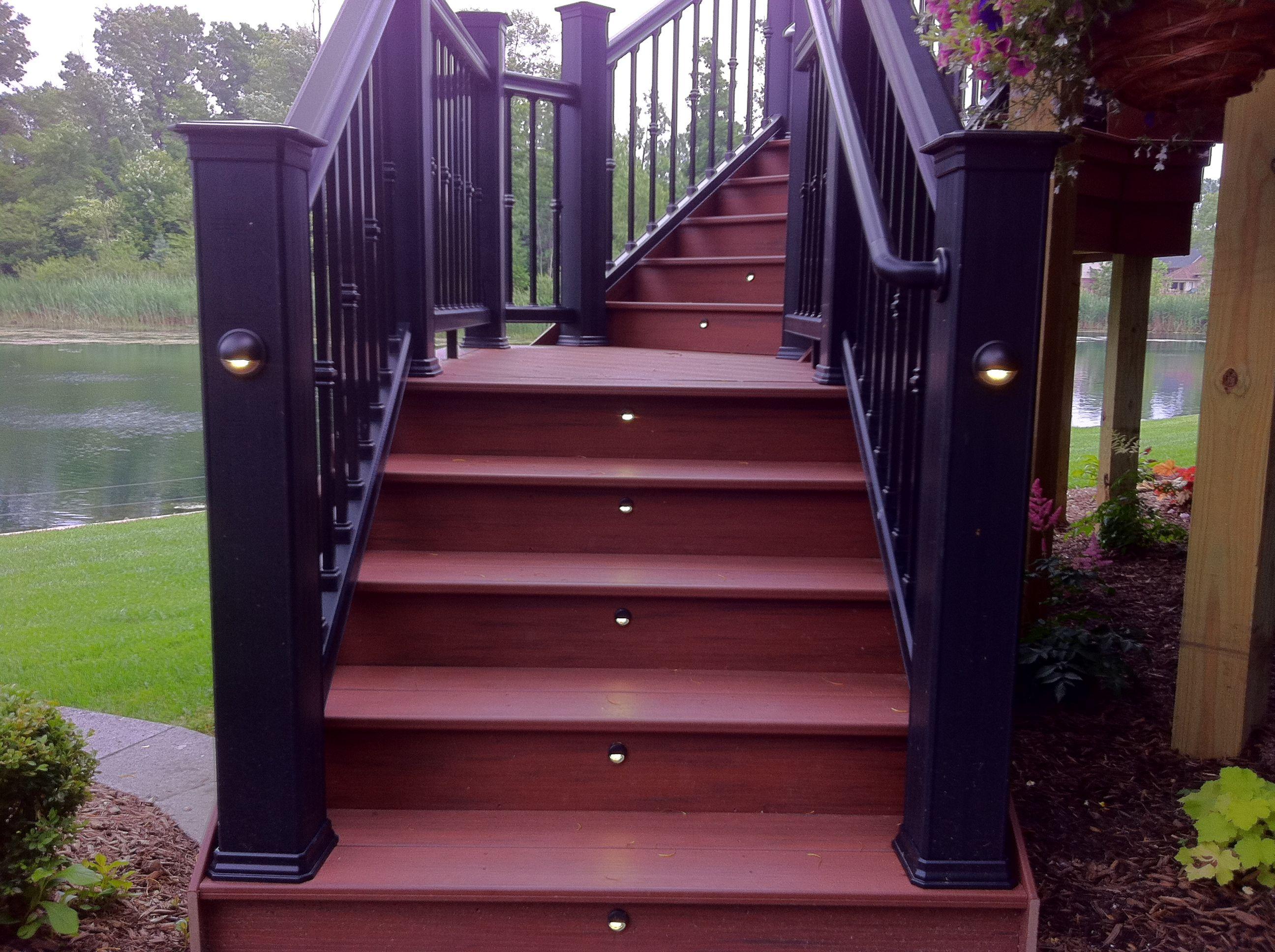 Luxury Deck Railing Lights Ideas