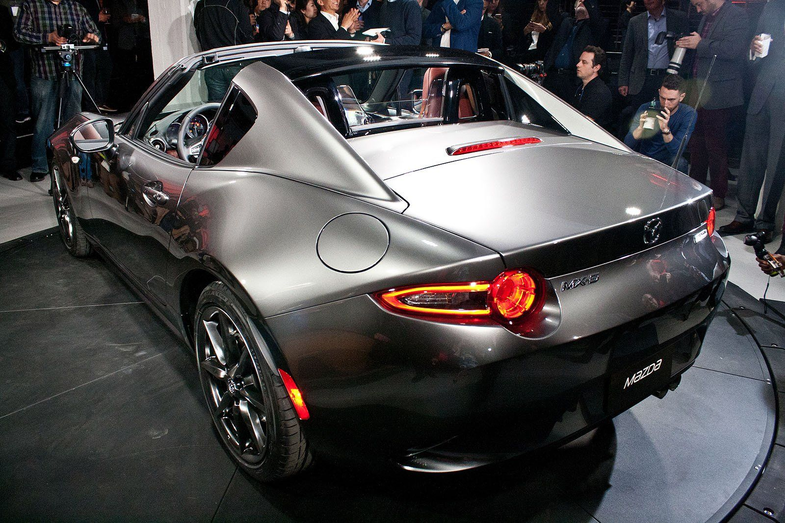 Mazda mx 5 miata hardtop convertible revealed
