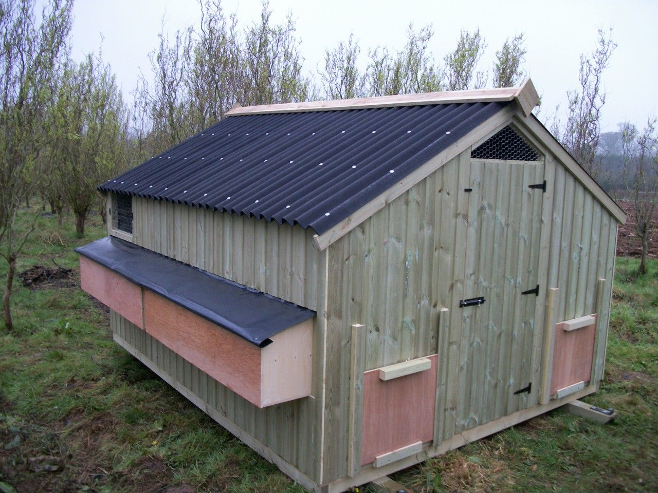 Commercial Chicken House 8ft x 6ft 'ledbury' free range poultry house (50 hens) | chicken