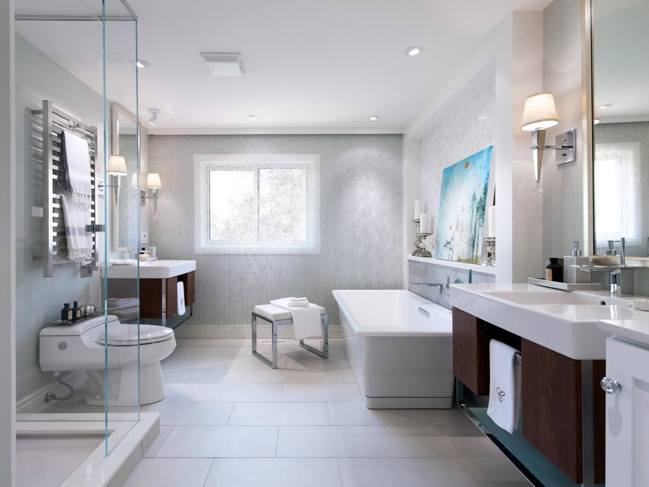 20 Luxurious Bathroom Makeovers From Our Stars | Floating vanity ...