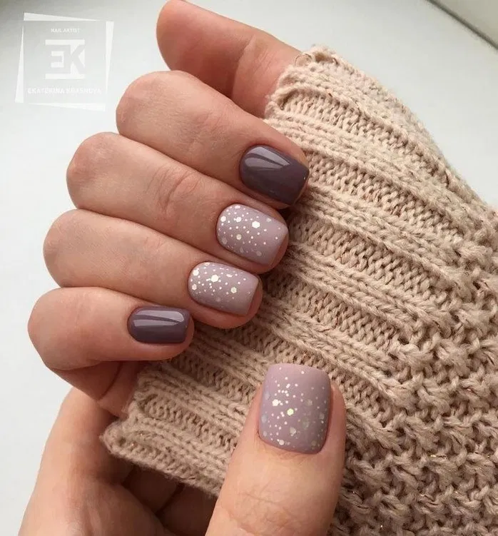 140 Trendy Stunning Manicure Ideas For Short Acrylic Nails Design Page 10 Homemytri Com Glitter Gel Nails Glitter Gel Nail Designs Nail Colors