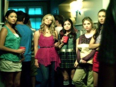 Pretty Little Liars Alison And Hanna