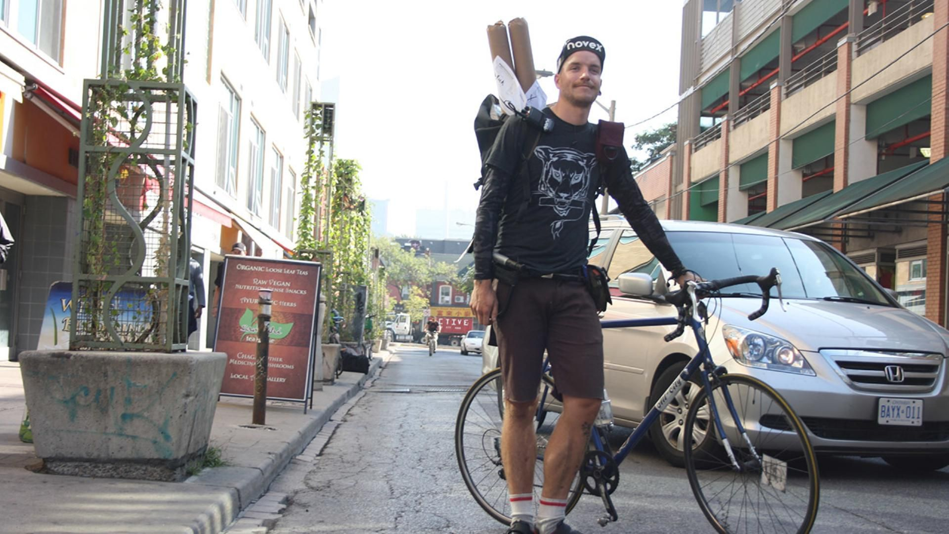 I Spent a Terrifying Day Trying to Keep Up with a Bike Messenger - VICE