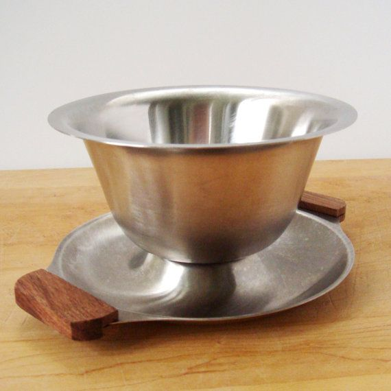 Stainless Gravy Bowl, Danish Modern Stainless Steel Gravy Boat with Wood Handles, 60s Mid Century Stainless Serving Bowl, Christmas Dinner. My