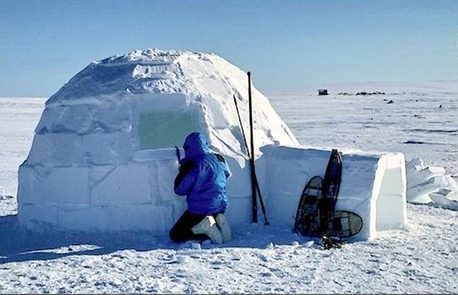 Simulated inuit igloo constructed near nome alaska see for Building a house in alaska