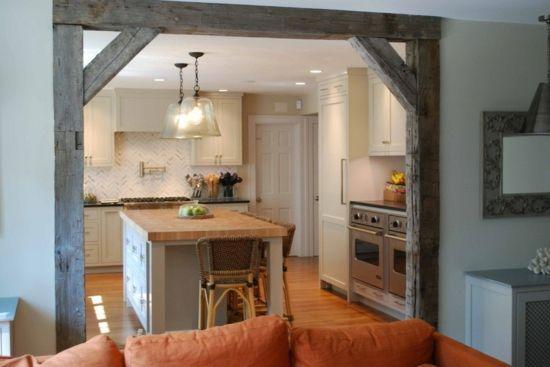 offene küche mit schicker wandgestaltung und hängelampen Küche - bilder offene küche