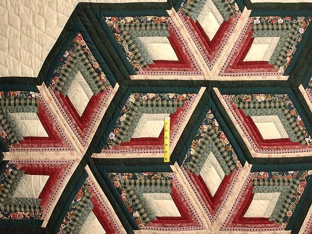 Green and Burgundy Diamond Star Log Cabin Quilt Photo 4