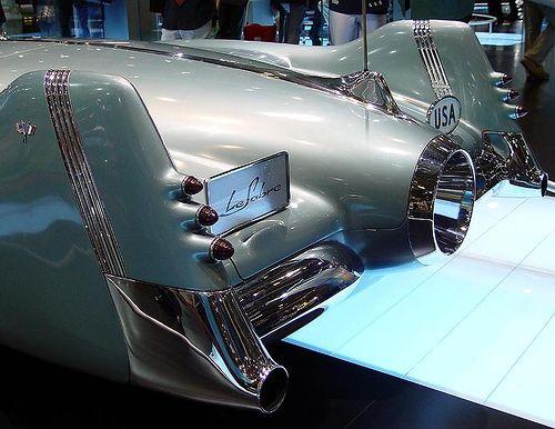 1950 BUICK LeSABRE - ROCKET DESIGN CONCEPT CAR - REAR -