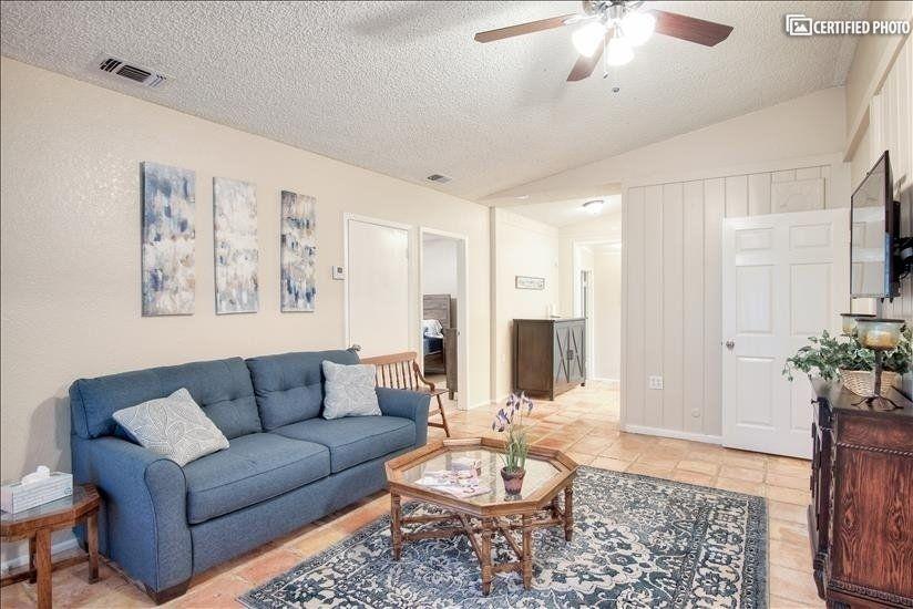 Spacious San Antonio Furnished Corporate Rental Available For Rent Corporate Rentals Furnished Apartment Corporate Housing
