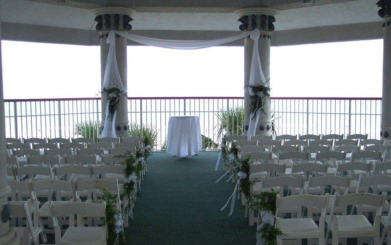 Crown Reef Resort Wedding Ceremony Reception Venue South Carolina Charleston Myrtle Beach Wedding Cheap Wedding Venues Beach Wedding Centerpieces Flowers