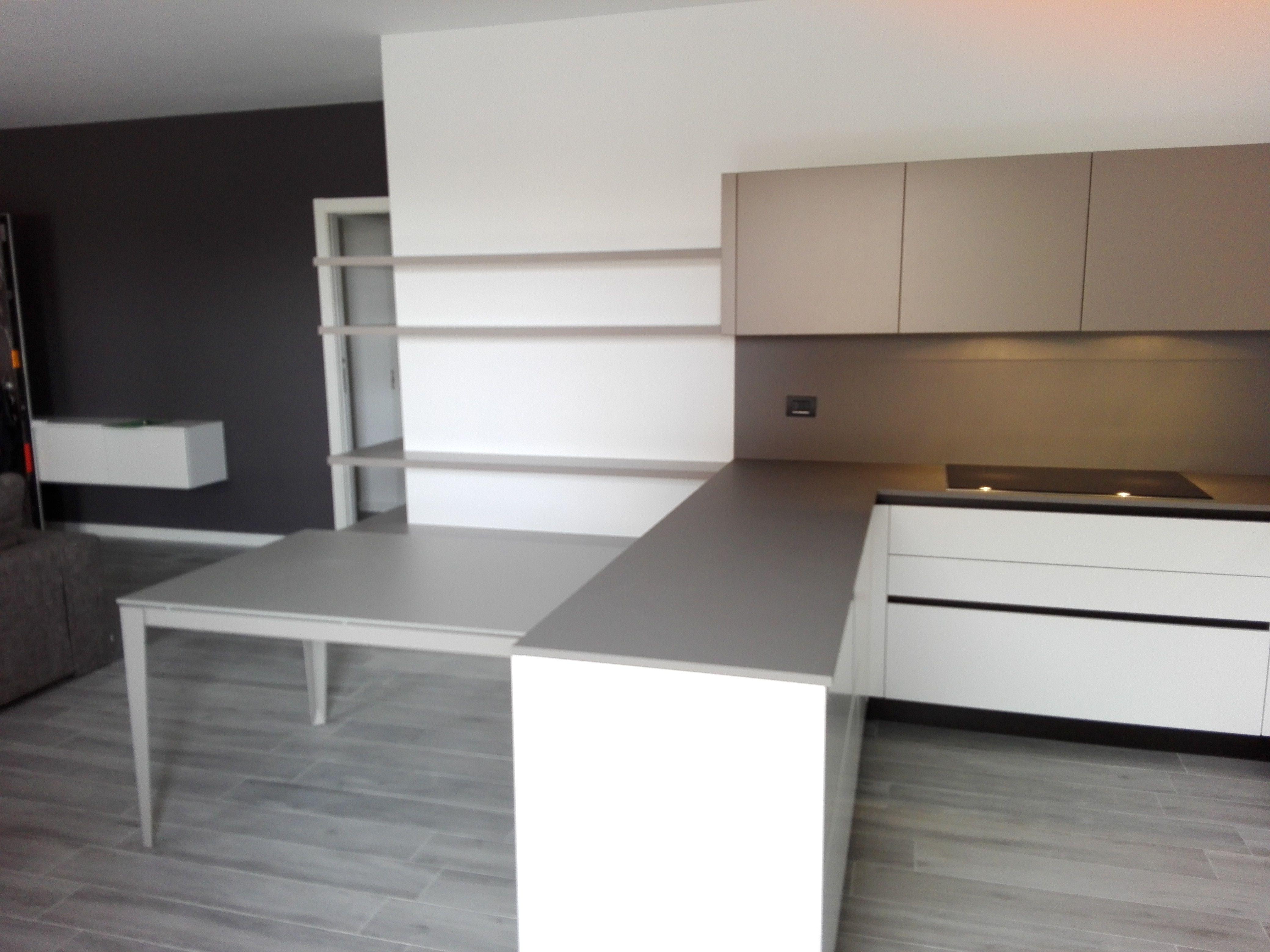 Cucine a penisola interior design cucina euromobil con isola with cucine a penisola il - Euromobil cucine opinioni ...