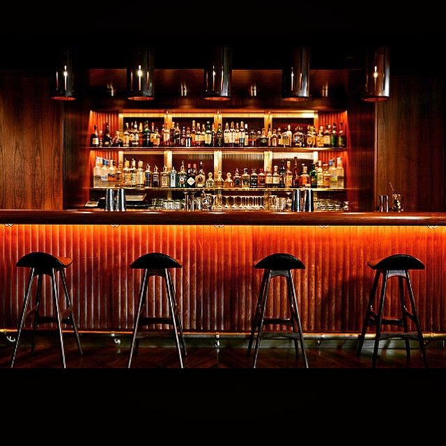 Warm bar #cocktail #tambour #leather #wood #glow #romanandwilliams #manhattan