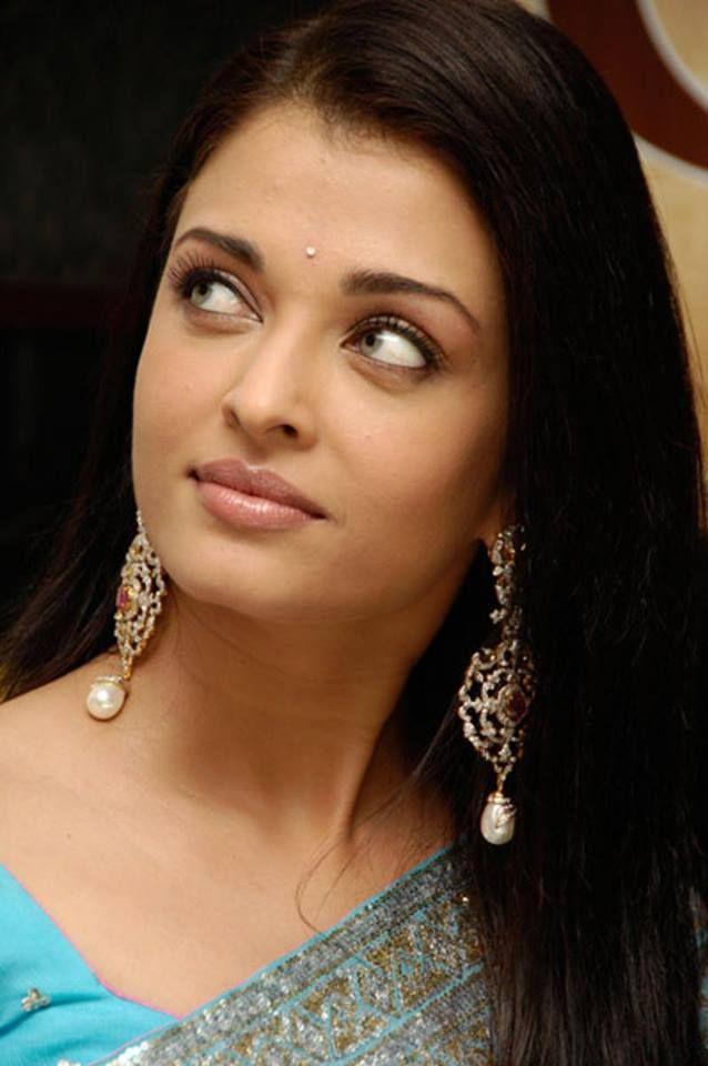 Timeline Photos Bollywood Ki Mastiyan Facebook Aishwarya Rai Aishwarya Rai Bachchan Actress Aishwarya Rai