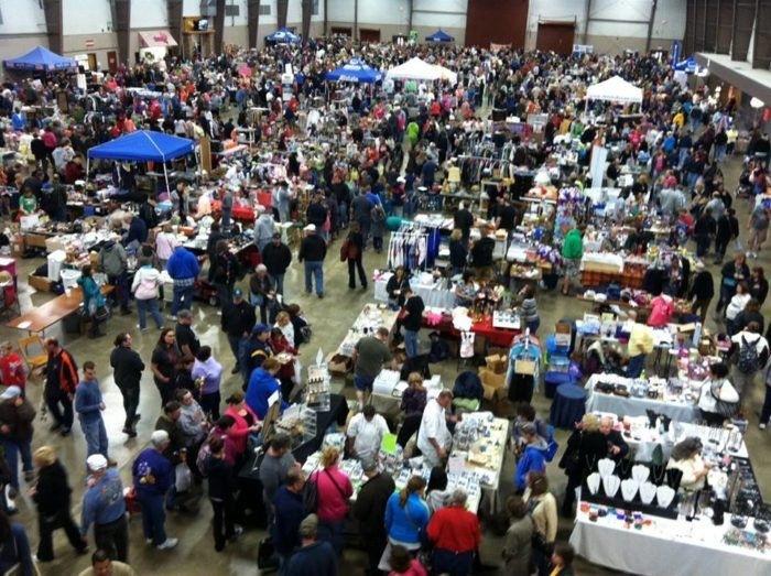 8 Amazing Flea Markets In Buffalo You Absolutely Have To ...