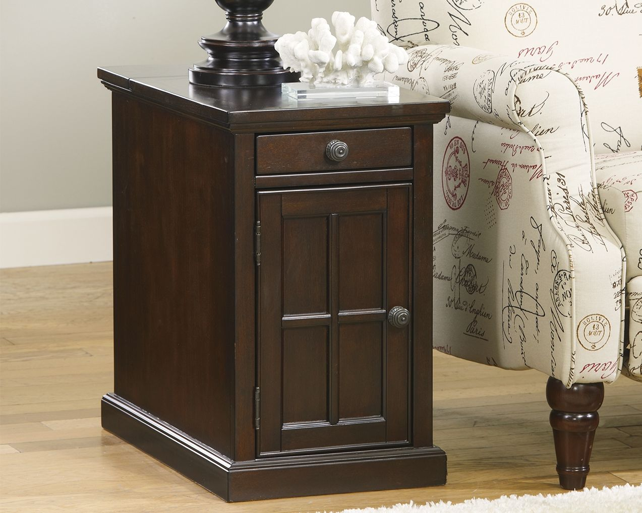 Laflorn Chairside End Table With Usb Ports Outlets Ashley