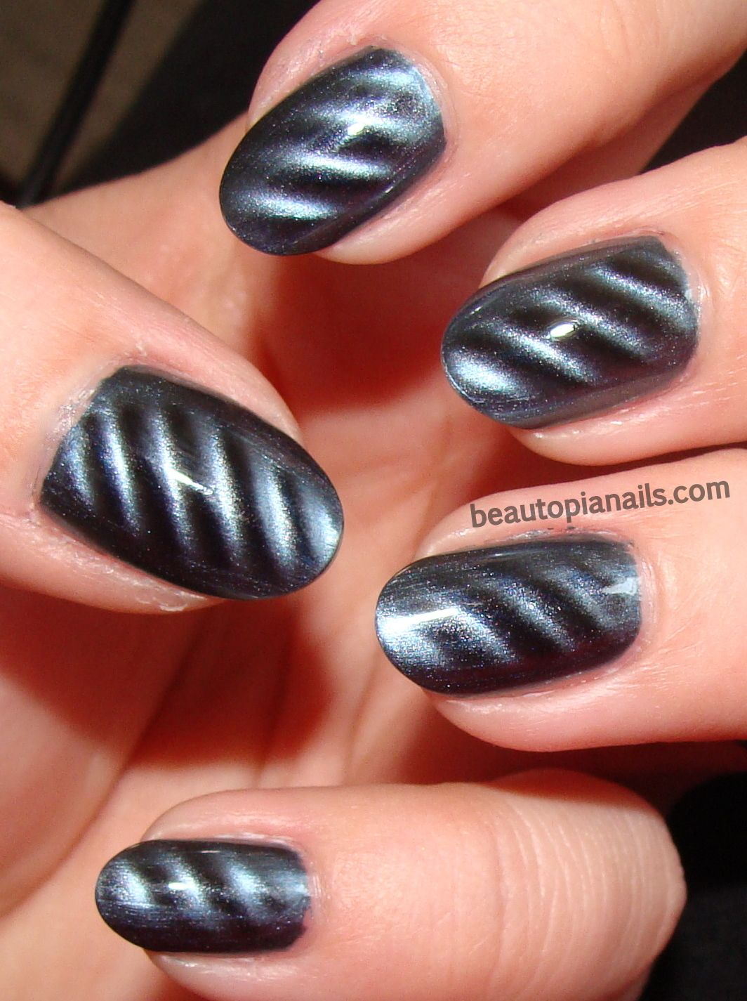 i have a similar polish by magnetix and I just can\'t seem to get it ...