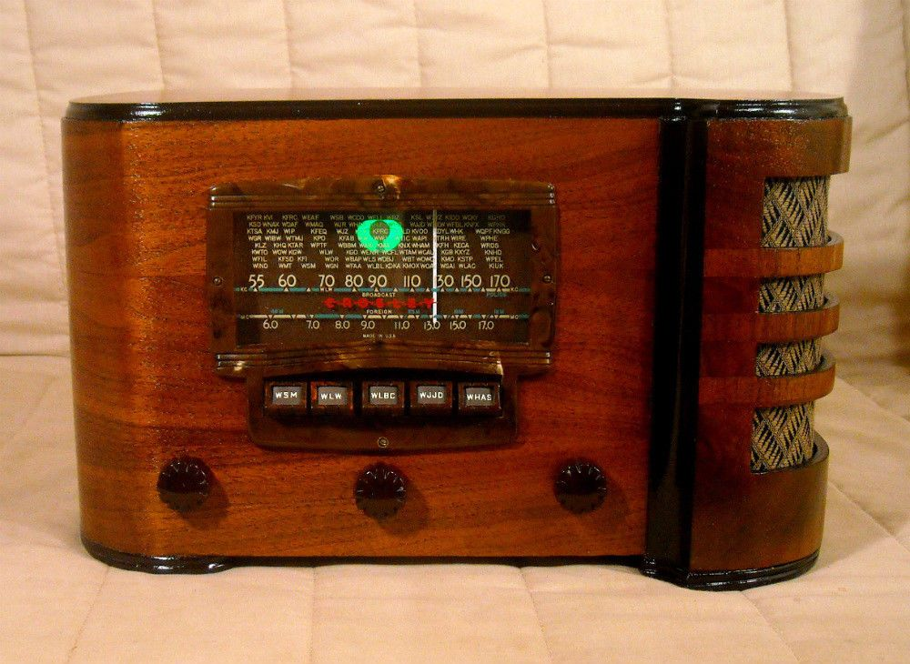 Old Antique Wood Crosley Vintage Tube Radio - Restored