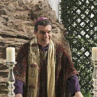 <a href='/name/nm0000104/?ref_=m_nmmi_mi_nm'>Antonio Banderas</a> and <a href='/name/nm0453994/?ref_=m_nmmi_mi_nm'>Jimmy Kimmel</a> in <a href='/title/tt0320037/?ref_=m_nmmi_mi_nm'>Jimmy Kimmel Live!</a> (2003)