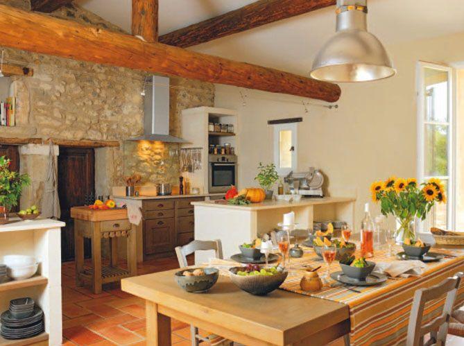 Cuisine de campagne ensoleillée / Sunny countryside kitchen