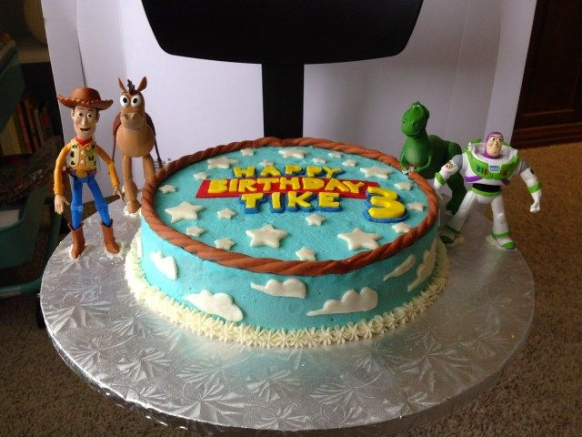 Admirable 25 Exclusive Picture Of Super Target Birthday Cakes Toy Story Personalised Birthday Cards Beptaeletsinfo