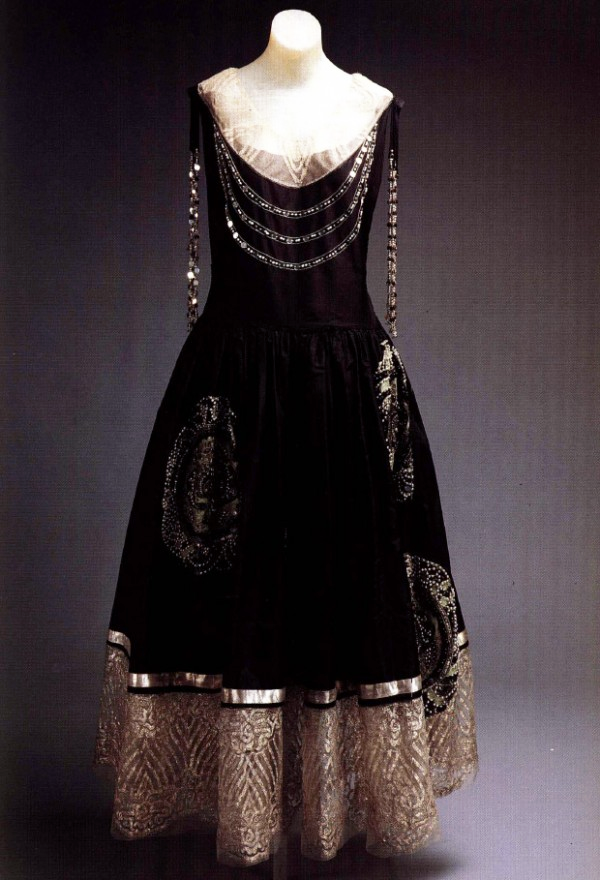 Gown by Jeanne Lanvin, ca. 1924.