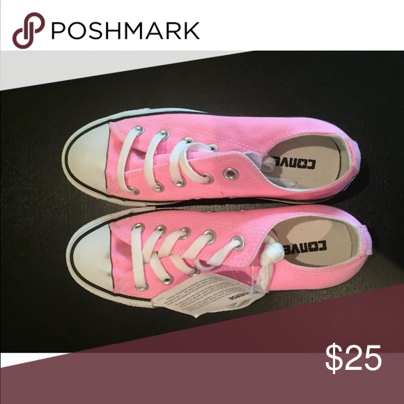 Women's Pink Converse All Star Chuck Taylor Size 6 Women's Pink Converse All Star Chuck Taylor Low Top Size 6. Brand new, tags on. No box. Never worn. Converse Shoes Sneakers