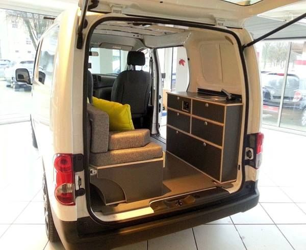 bett sofa f r nissan nv200 mini camper 8 12 00 2 0 van dwelling pinterest. Black Bedroom Furniture Sets. Home Design Ideas