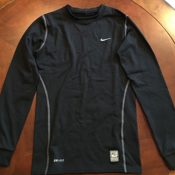 ed6153486 Nike Pro Combat Dri-Fit Boys Long Sleeve Shirt Nike Pro Combat Dri-Fit boys  black compression long sleeve lined shirt, size medium. Excellent condition.